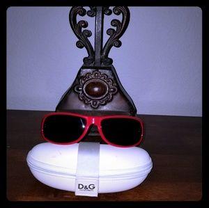 Dolce & Gabbana Sunnies🕶